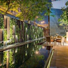 Отель Crowne Plaza Lumpini Park Бангкок бассейн фото 2
