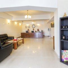 Отель Retreat Serviced Apartments Непал, Катманду - отзывы, цены и фото номеров - забронировать отель Retreat Serviced Apartments онлайн гостиничный бар