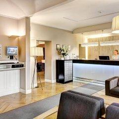 Отель Three Crowns Hotel Чехия, Прага - 6 отзывов об отеле, цены и фото номеров - забронировать отель Three Crowns Hotel онлайн интерьер отеля фото 2