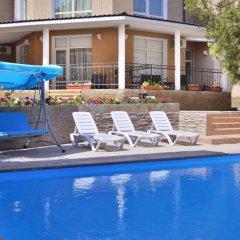 Гостиница Feliz Verano в Коктебеле 8 отзывов об отеле, цены и фото номеров - забронировать гостиницу Feliz Verano онлайн Коктебель бассейн фото 2