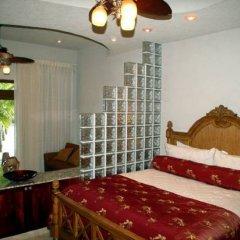 Parrot Tree Beach Resort In Roatan