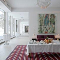 Отель Morosani Schweizerhof Швейцария, Давос - отзывы, цены и фото номеров - забронировать отель Morosani Schweizerhof онлайн питание фото 3
