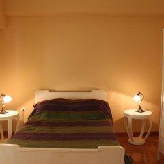 Апартаменты Spacious apartment in central Athens сейф в номере