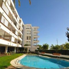 Отель HomeHolidaysRentals Apartamento Canet Playa l - Costa Barcelona бассейн