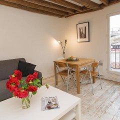 Апартаменты BP Apartments - Baudry Apartments Париж комната для гостей фото 5