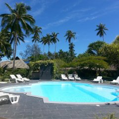 Hotel Hibiscus бассейн