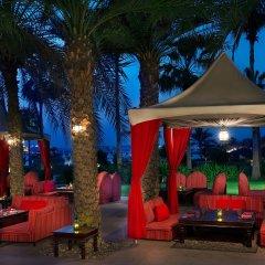 Отель The Ritz-Carlton, Dubai развлечения