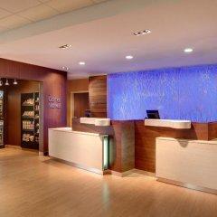 Отель Fairfield Inn & Suites by Marriott Meridian интерьер отеля