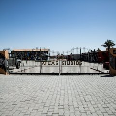 Отель Oscar Hotel by Atlas Studios Марокко, Уарзазат - отзывы, цены и фото номеров - забронировать отель Oscar Hotel by Atlas Studios онлайн парковка
