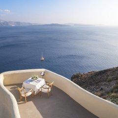 Mystique, a Luxury Collection Hotel, Santorini балкон