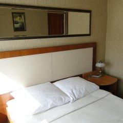 Отель Klavdia Guesthouse Калининград сейф в номере