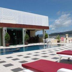 Отель Patong Hemingways бассейн фото 3