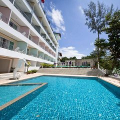 Отель Tri Trang Beach Resort by Diva Management бассейн