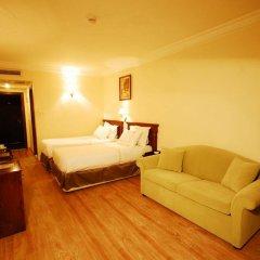 Hotel Golden Crown комната для гостей фото 3