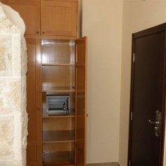 Отель Villa Perla Di Mare Будва сейф в номере