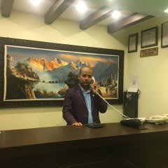 Отель Fewa Holiday Inn Непал, Покхара - отзывы, цены и фото номеров - забронировать отель Fewa Holiday Inn онлайн интерьер отеля фото 2