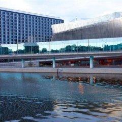 Radisson Blu Waterfront Hotel бассейн