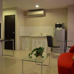 Апартаменты Bangkok Living Apartment Бангкок комната для гостей фото 5