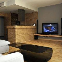 Отель SleepWalker Boutique Suites интерьер отеля