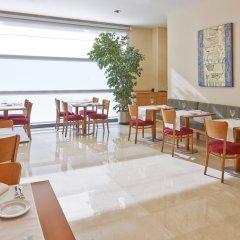 Отель NH Barcelona La Maquinista питание фото 2