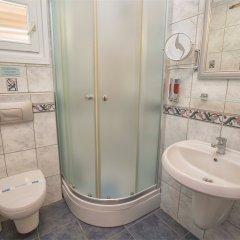 Hadrian Hotel Турция, Патара - отзывы, цены и фото номеров - забронировать отель Hadrian Hotel онлайн ванная