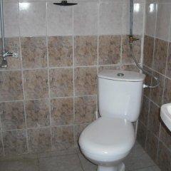 Отель Bungalows Dani Болгария, Варна - отзывы, цены и фото номеров - забронировать отель Bungalows Dani онлайн ванная фото 2