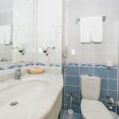 Grand Seker Hotel Турция, Сиде - 1 отзыв об отеле, цены и фото номеров - забронировать отель Grand Seker Hotel - All Inclusive онлайн ванная фото 2