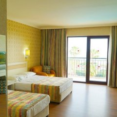 Отель Lyra Resort - All Inclusive Сиде комната для гостей фото 2