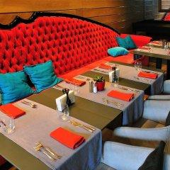 Отель Graffit Gallery Design Hotel Болгария, Варна - 2 отзыва об отеле, цены и фото номеров - забронировать отель Graffit Gallery Design Hotel онлайн гостиничный бар