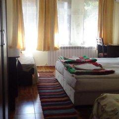 Отель Family Hotel Medven - 1 Болгария, Сливен - отзывы, цены и фото номеров - забронировать отель Family Hotel Medven - 1 онлайн комната для гостей фото 3