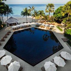 Отель The Surin Phuket бассейн