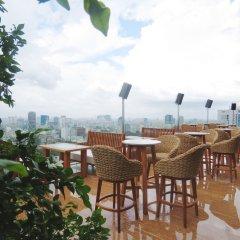 Отель Des Arts Saigon Mgallery Collection Вьетнам, Хошимин - отзывы, цены и фото номеров - забронировать отель Des Arts Saigon Mgallery Collection онлайн питание