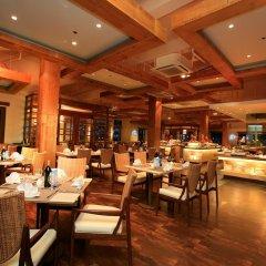 Отель Crimson Resort and Spa Mactan Филиппины, Лапу-Лапу - 1 отзыв об отеле, цены и фото номеров - забронировать отель Crimson Resort and Spa Mactan онлайн питание