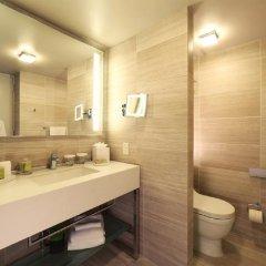 Отель Millennium Hilton New York One UN Plaza США, Нью-Йорк - 1 отзыв об отеле, цены и фото номеров - забронировать отель Millennium Hilton New York One UN Plaza онлайн ванная фото 2