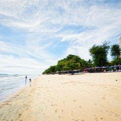 Отель Jomtien Beach Pool House пляж