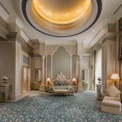 Отель Emirates Palace Abu Dhabi интерьер отеля фото 3