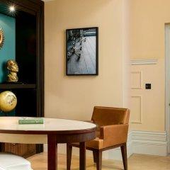 St. Pancras Renaissance Hotel London комната для гостей фото 13