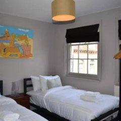 Апартаменты 2 Bedroom Central Maisonette Apartment комната для гостей фото 3