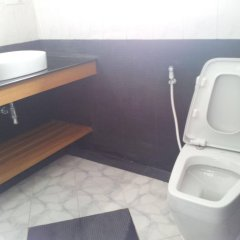 WEStay at the Grand Nyaung Shwe Hotel в номере
