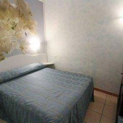 Отель Julia Guesthouse Италия, Рим - отзывы, цены и фото номеров - забронировать отель Julia Guesthouse онлайн комната для гостей фото 2