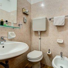 Hotel Adlon ванная фото 2