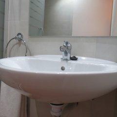 Отель Barcelona City Rooms Испания, Барселона - отзывы, цены и фото номеров - забронировать отель Barcelona City Rooms онлайн ванная фото 2