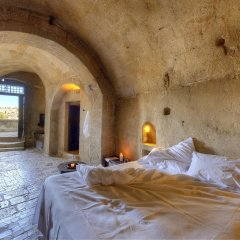 Отель Sextantio Le Grotte Della Civita 4* Люкс