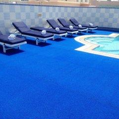 Comfort Inn Hotel бассейн
