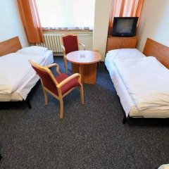 Отель Gdanski Dom Turystyczny Hostel Польша, Гданьск - отзывы, цены и фото номеров - забронировать отель Gdanski Dom Turystyczny Hostel онлайн комната для гостей фото 3
