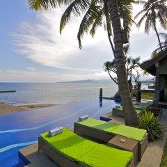 Отель Bayshore Villas Candi Dasa Индонезия, Бали - отзывы, цены и фото номеров - забронировать отель Bayshore Villas Candi Dasa онлайн приотельная территория фото 2