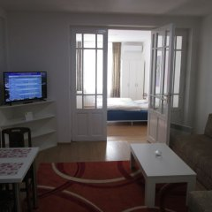 Апартаменты Admiral Apartments комната для гостей фото 3
