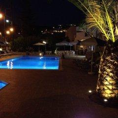 Отель Villa Ritsa & Dimitris Studios бассейн