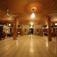 Отель Riverside @ Hsipaw Resort