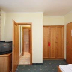 Отель Claris комната для гостей фото 2